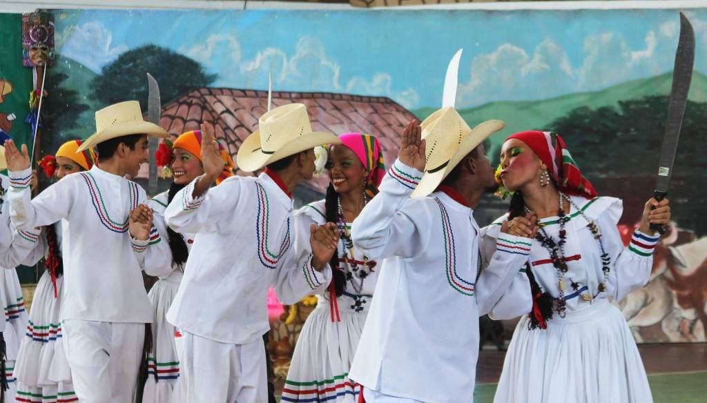 El Zapateado or Danza de Los Machetes